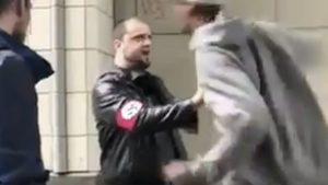 Membros da Antifa seguem neonazista por redes sociais até encontrá-lo: veja o que aconteceu