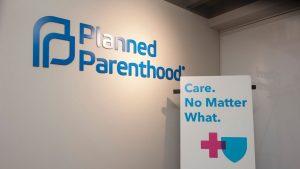 Departamento de Justiça do governo Trump vai investigar venda de tecido de fetos pela Planned Parenthood