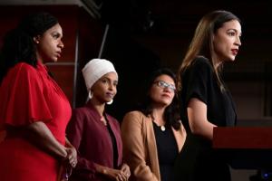Mídia acusa Trump de racista por defender valores americanos