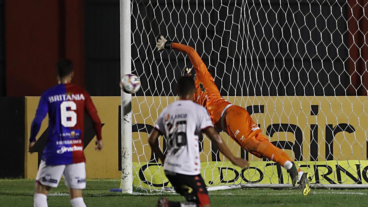 Paraná ainda não tem um goleiro titular absoluto e deve ir para a quarta opção na temporada.