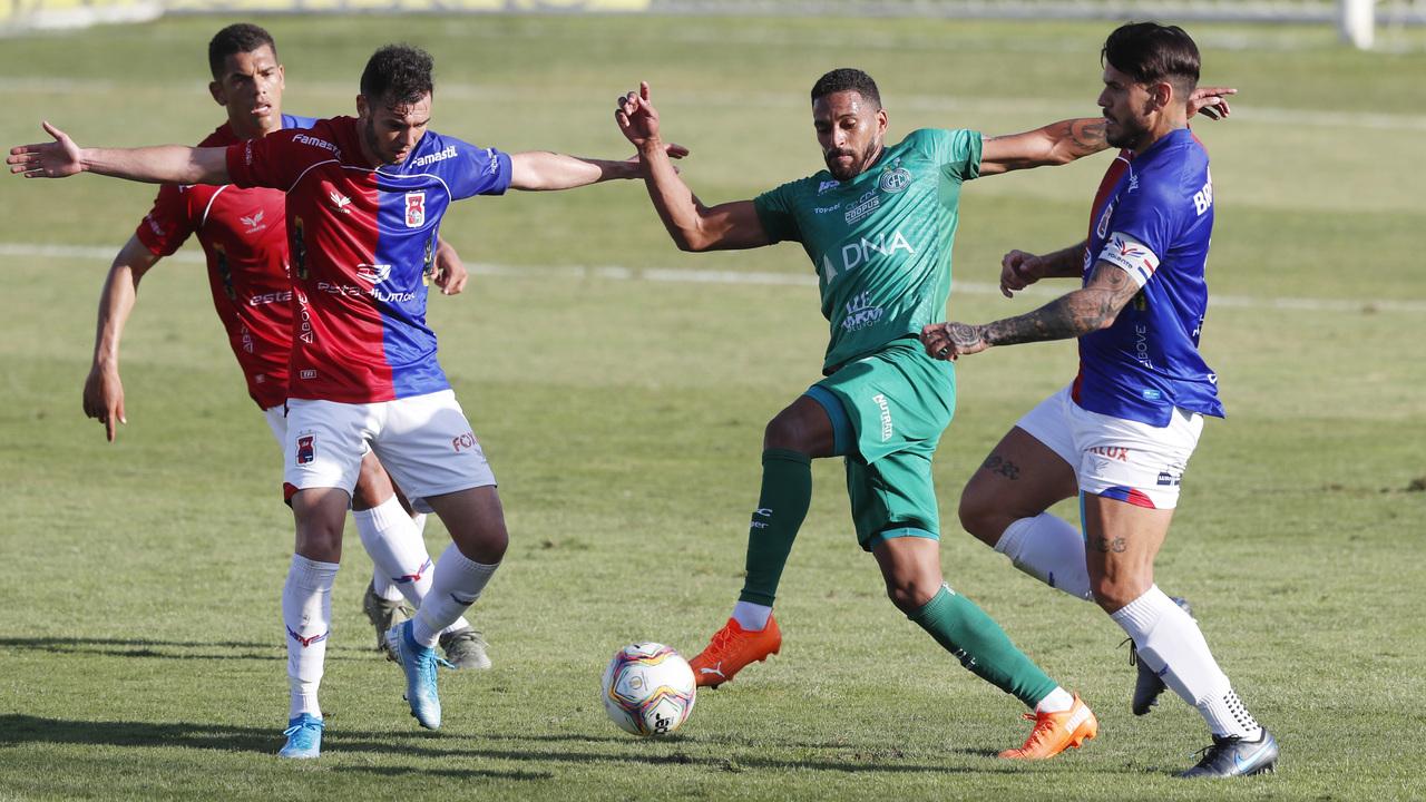 Defesa do Paraná sofreu 19 gols nos últimos sete jogos.