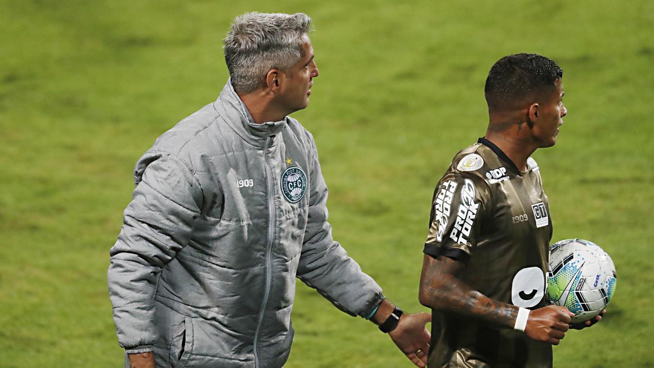 Rodrigo Santana foi demitido após novo tropeço do Coritiba. Foto: Albari Rosa/Foto Digital/UmDois.