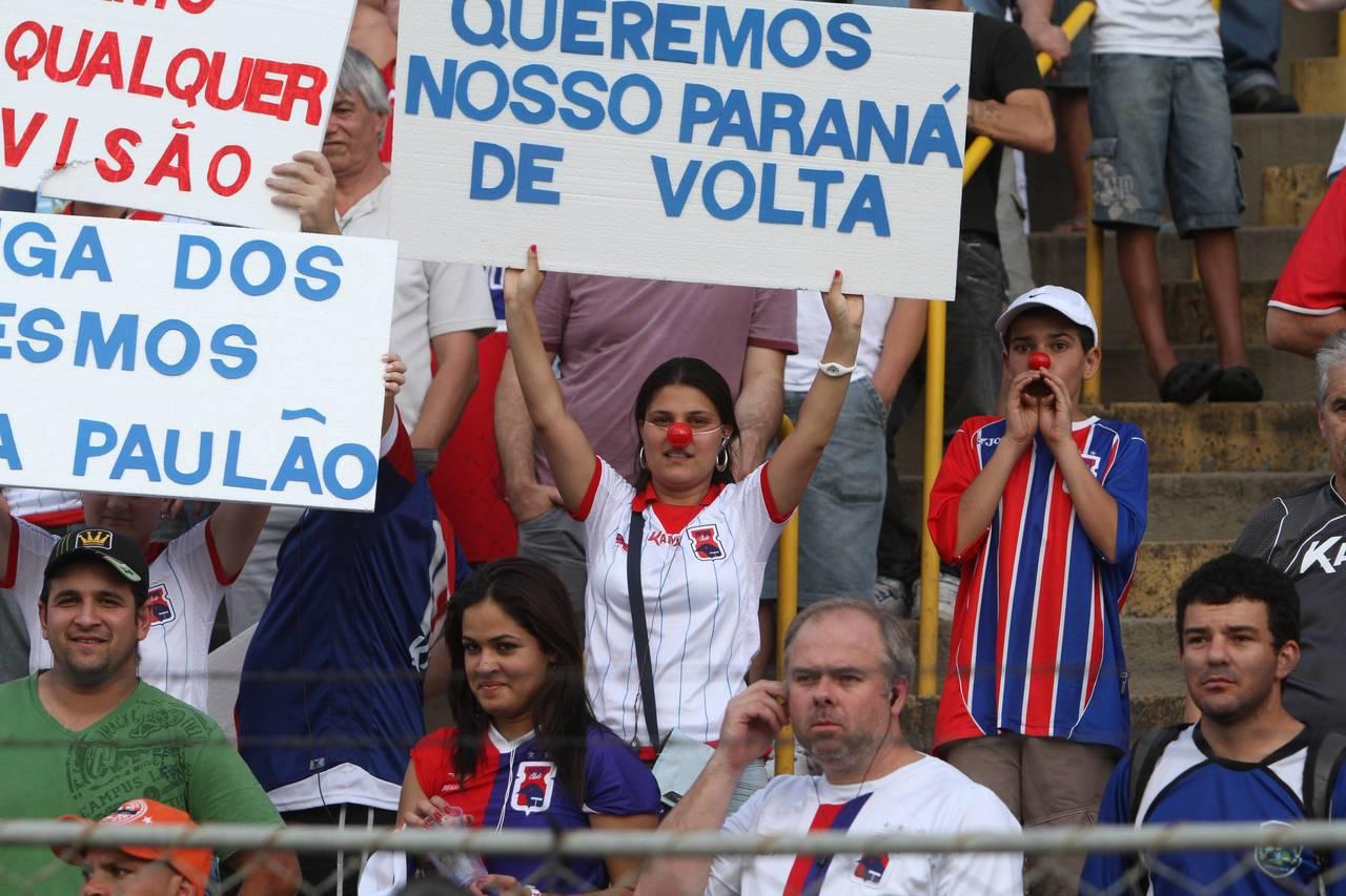 Torcida paranista protestou na última rodada da Série B de 2011. Foto: Arquivo.