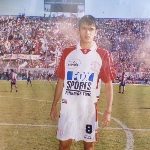 Lucho González em seu início no Huracán, da Argentina. Foto: Arquivo Pessoal