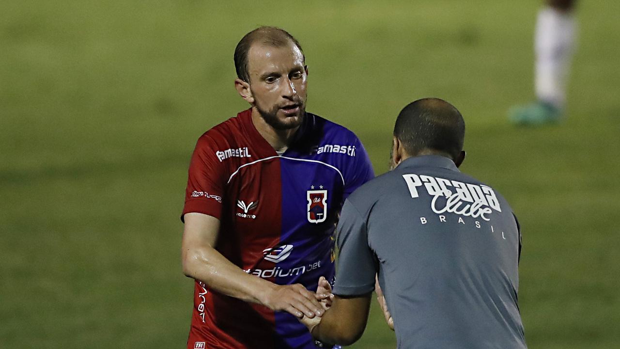 Renan Bressan tem sido a principal referência do Paraná na Série B. Foto: Albari Rosa/Foto Digital/UmDois Esportes.