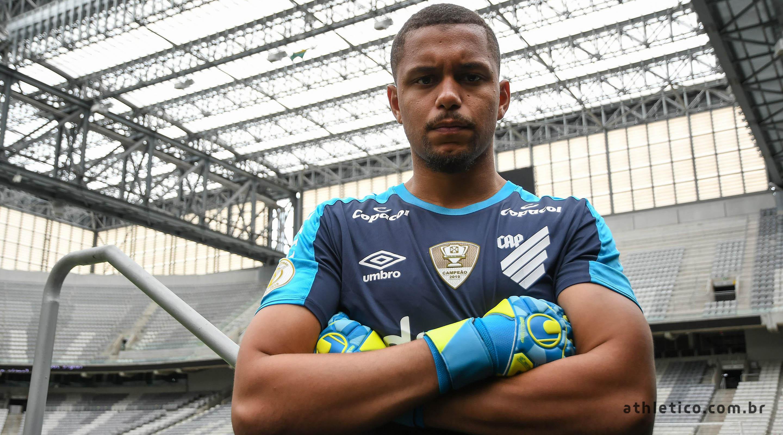 Anderson é titular do Náutico na Série B. Foto: Divugalção/Athletico
