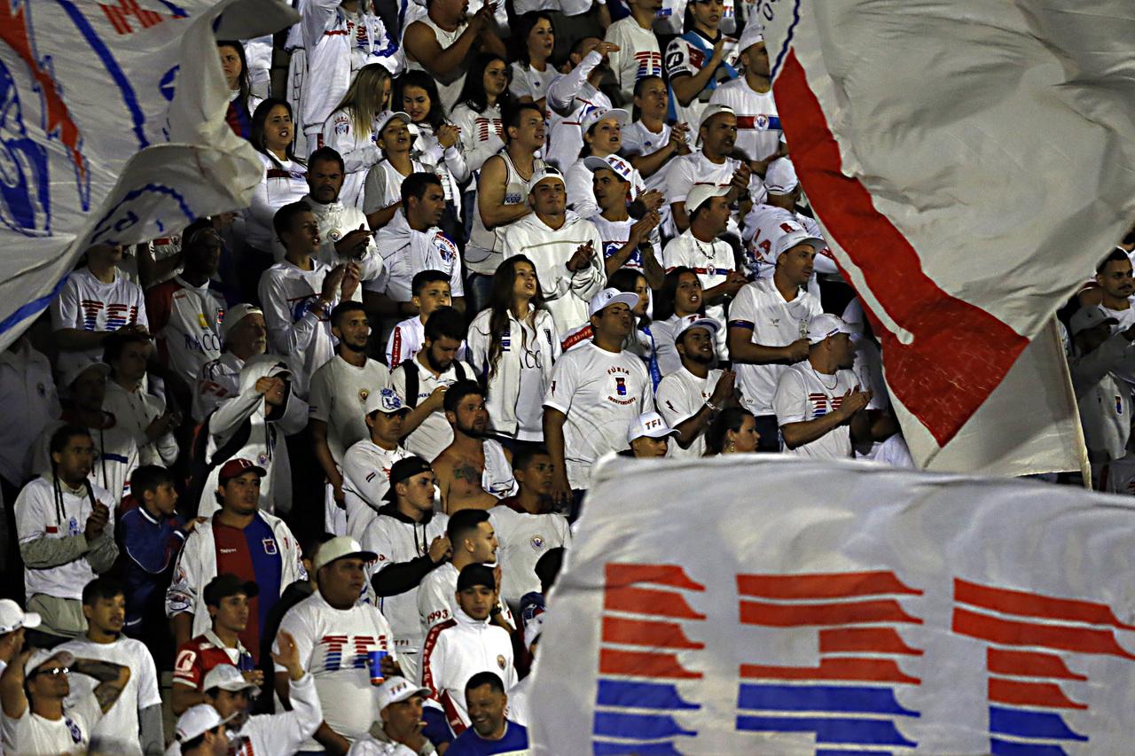 Collere pediu união dos torcedores. Foto: Albari Rosa/Arquivo/Gazeta do Povo.