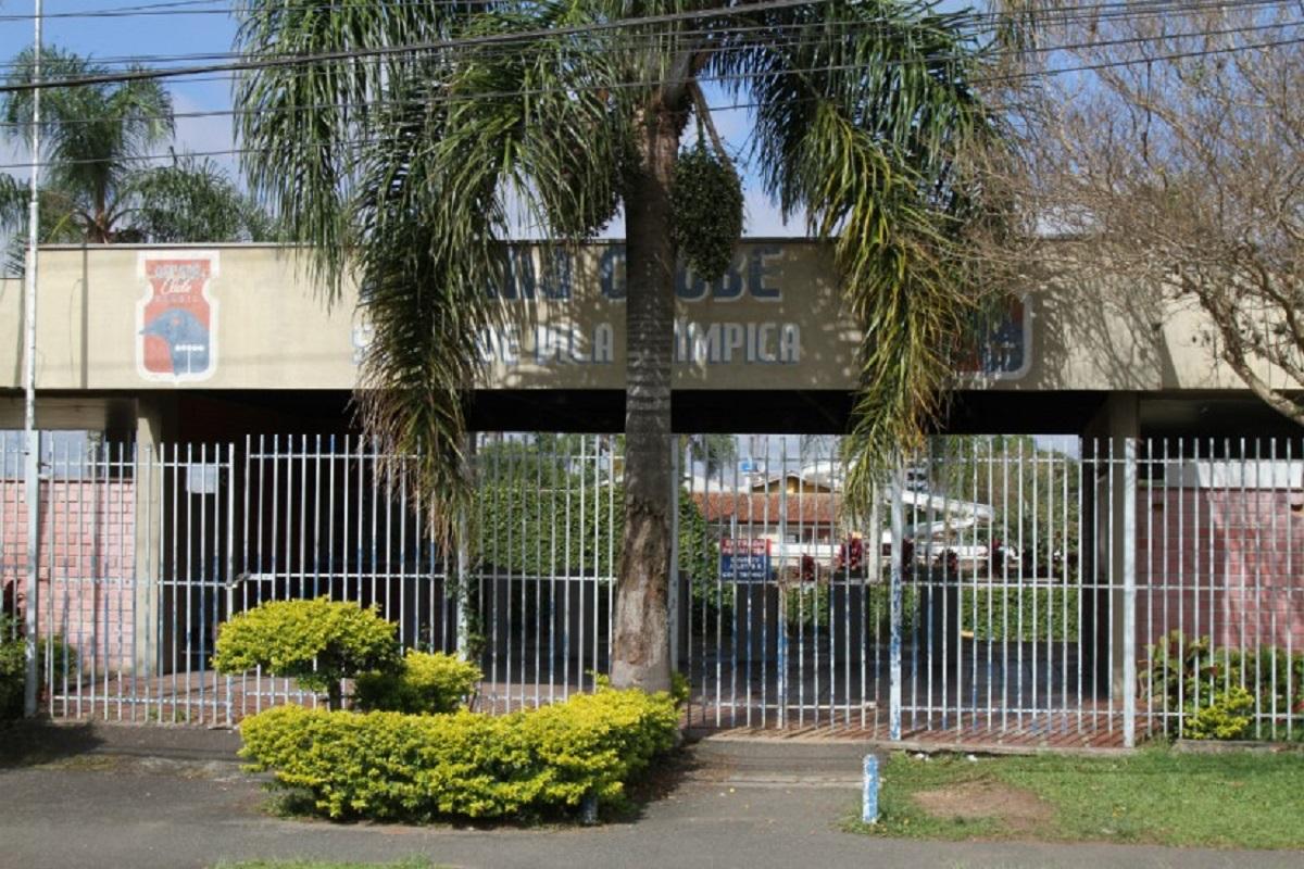 Sede social do Boqueirão foi arrematada pela MRV Engenharia. Foto: Gerson Klaina/Tribuna.