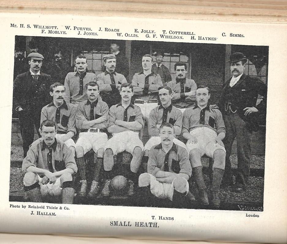 Time do Small Heath FC Limited em 1896, quando Thomas Shelby era uma criança mentalmente sadia de apenas 6 aninhos.