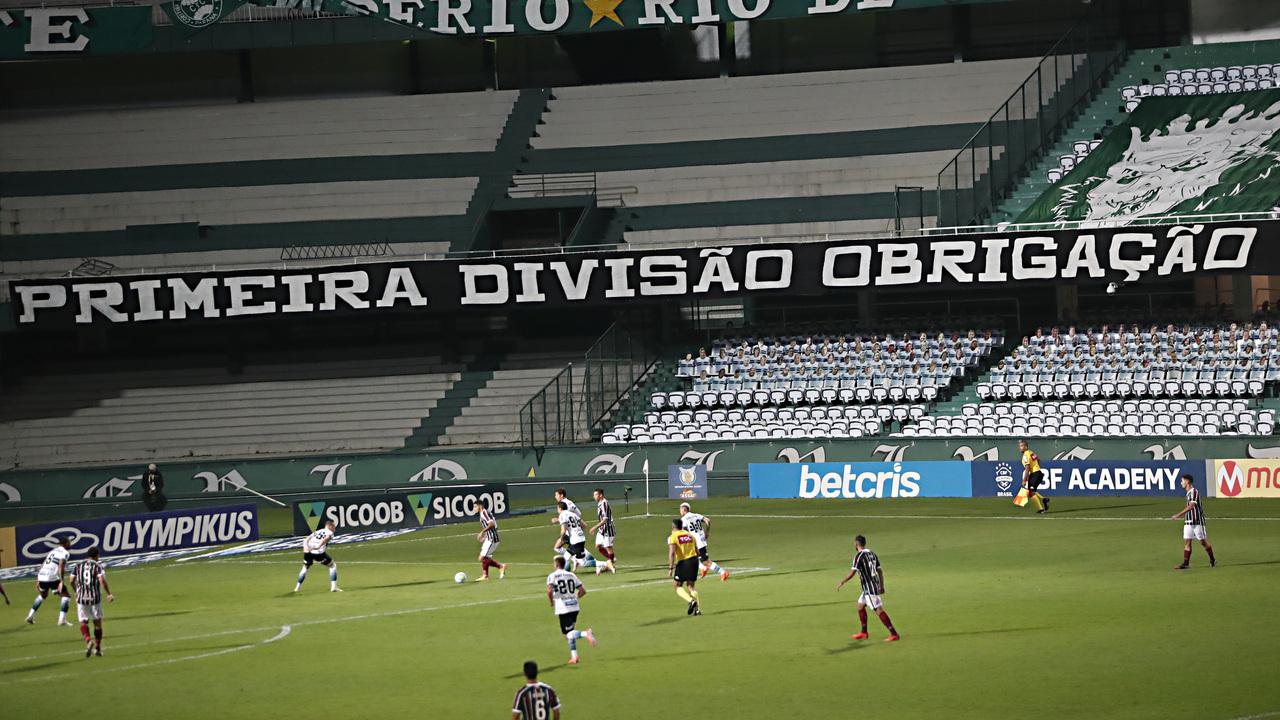 Sem a torcida, Coritiba penou no Couto Pereira. Foto: Albari Rosa/Foto Digital/UmDois Esportes