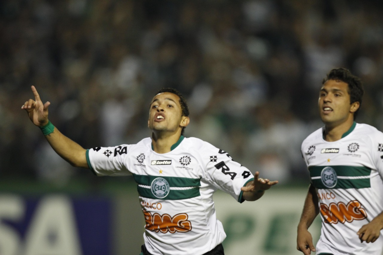 Rafinha em jogo do Coritiba contra o Ceará pela Copa do Brasil 2011