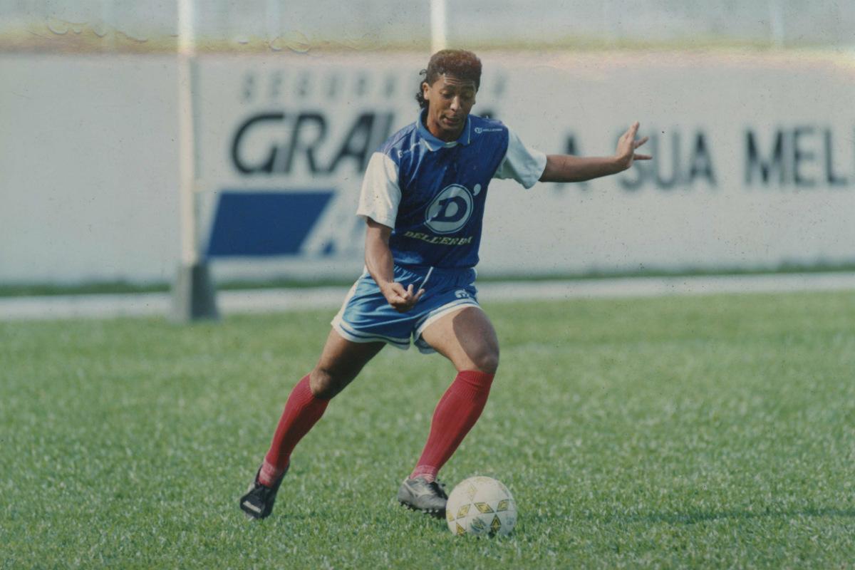 Saulo na época em que era jogador do Paraná.