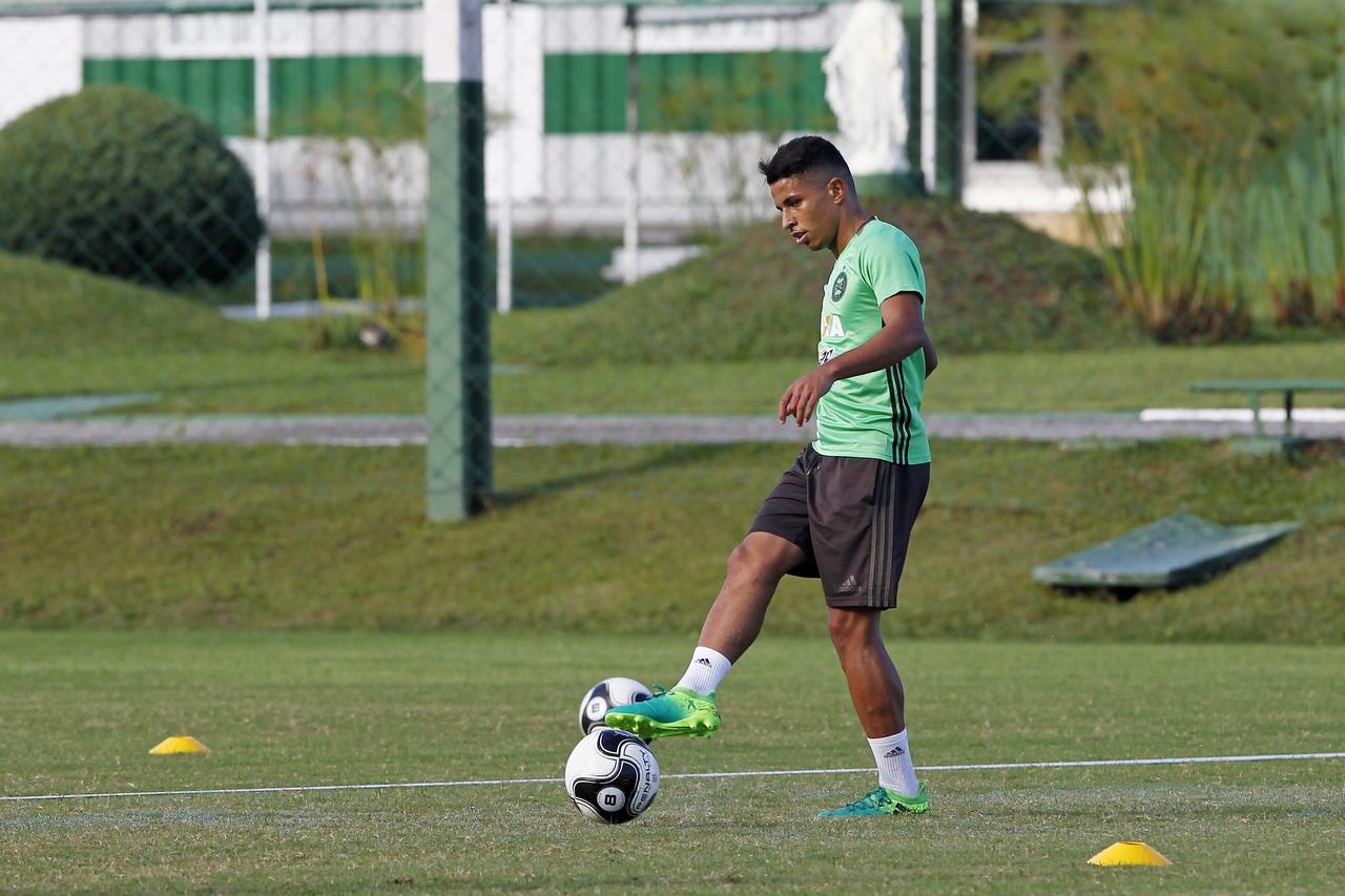 Dodô deixou o Coritiba no final de 2017.