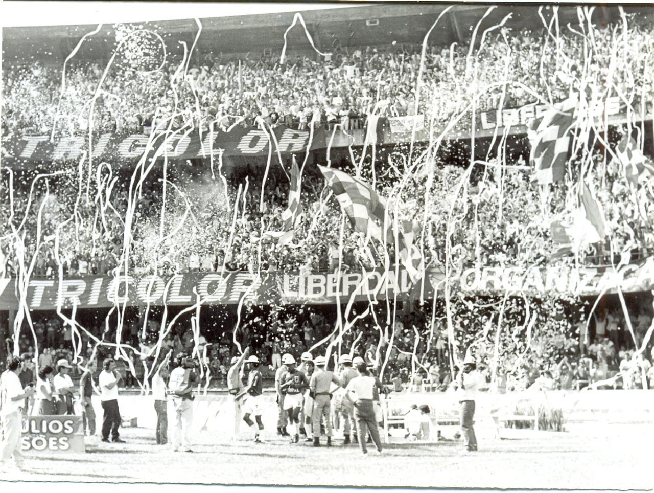 Couto lotado em jogo do Paraná. Foto: Arquivo/GRPCOM