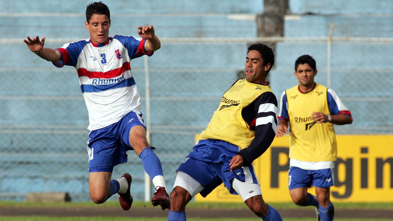 Thiago Neves e André Dias em treino no Paraná. Foto: Albari Rosa/Arquivo/Gazeta do Povo