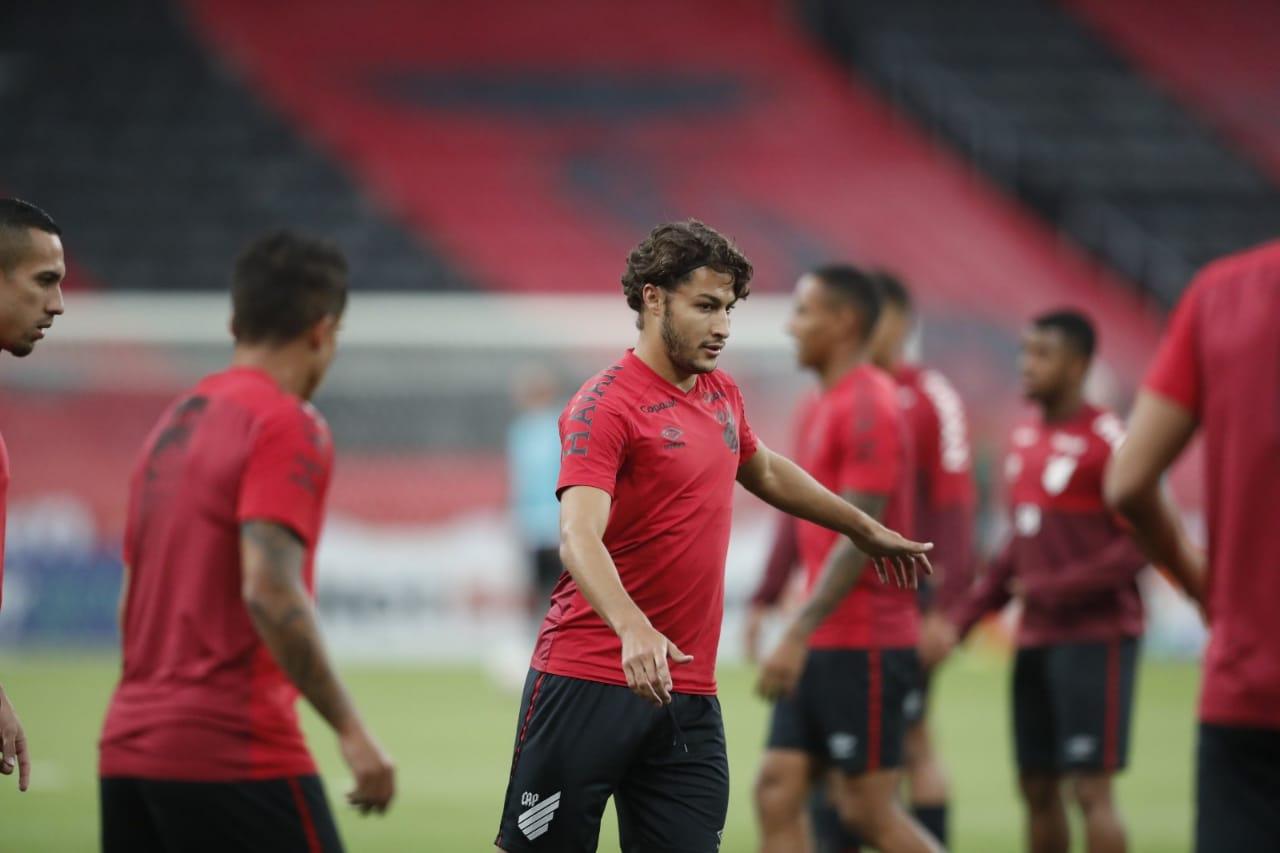 Marcinho assinou até abril de 2023 (Foto: Albari Rosa/Foto Digital/UmDoisEsportes)