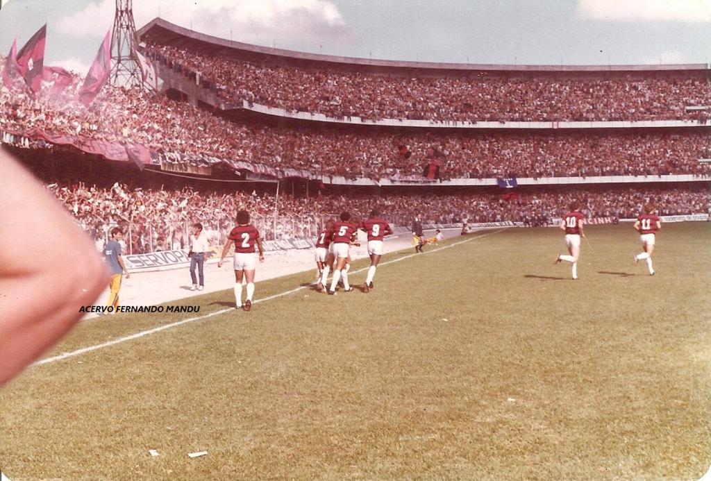 Partida contra o Flamengo reuniu mais de 67 mil torcedores no Couto Pereira (Arquivo Pessoal)