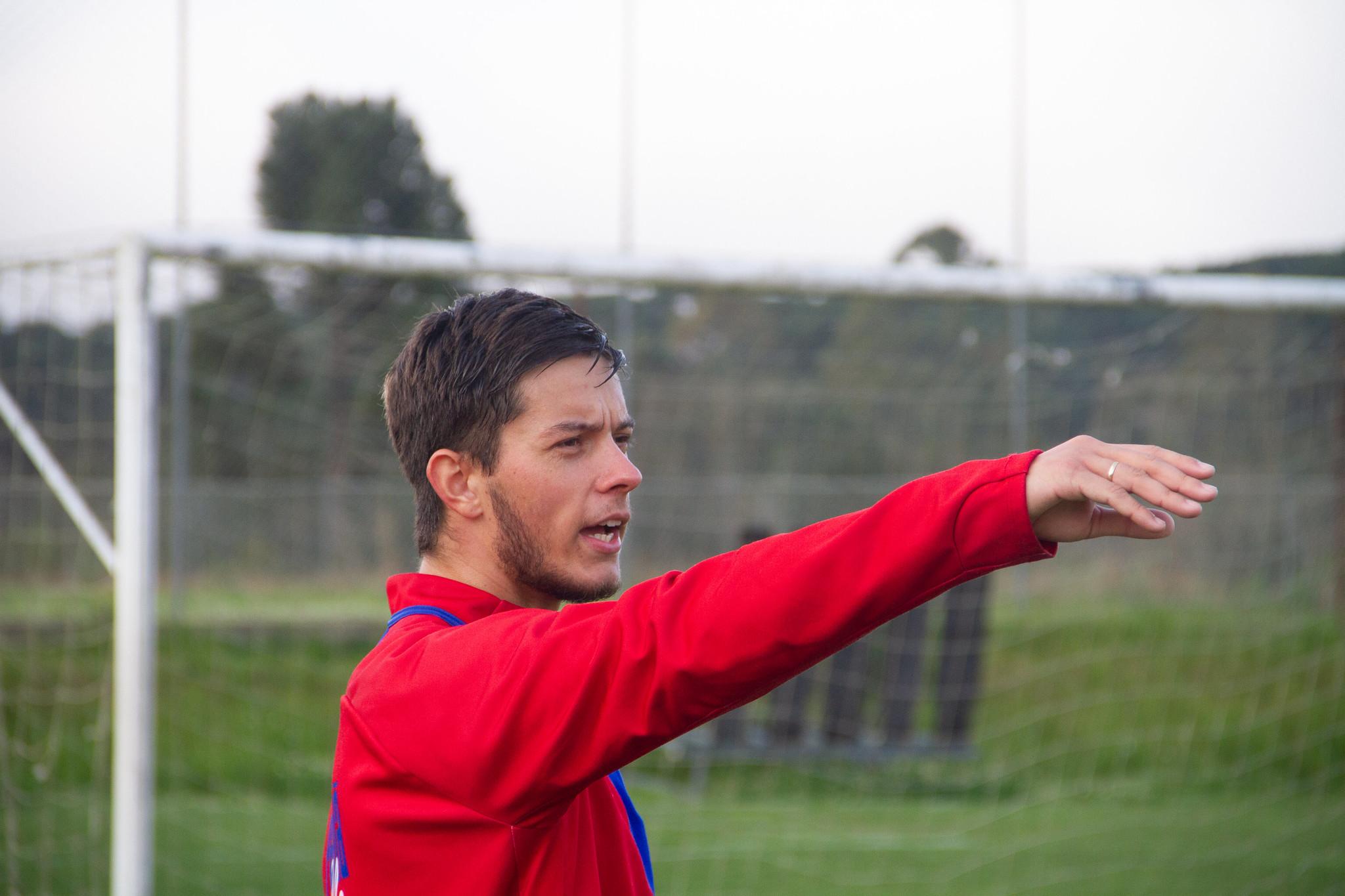 Gabriel Correia treina no Paraná desde agosto. Foto: Rodrigo Sanches/Paraná.