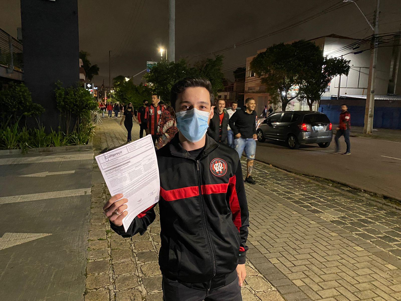 Rafael Chueiri, quase entrou no estádio para ver Athletico x Penãrol.