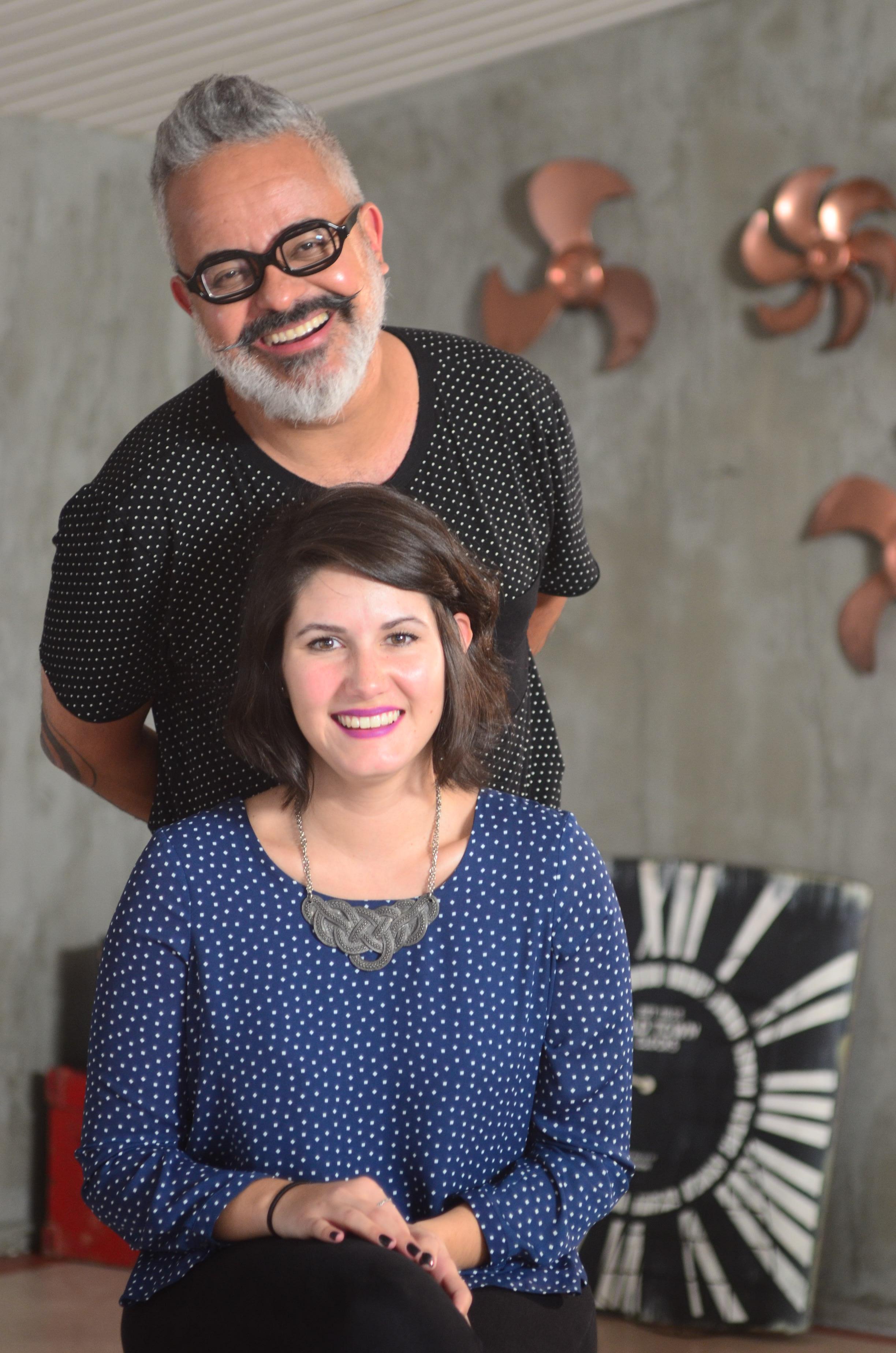 Ronaldo Fraga e Amanda Castro
