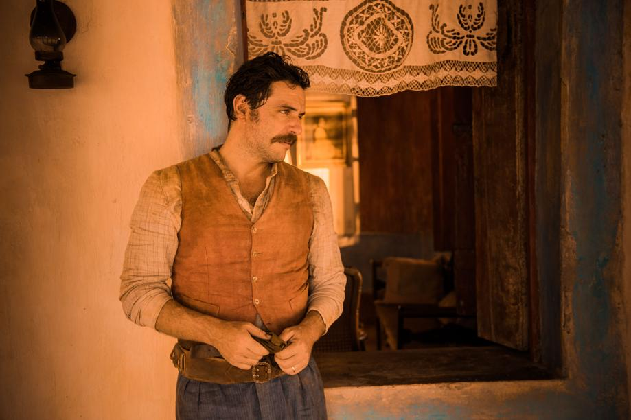Cap. Rosa (Rodrigo Lombardi)