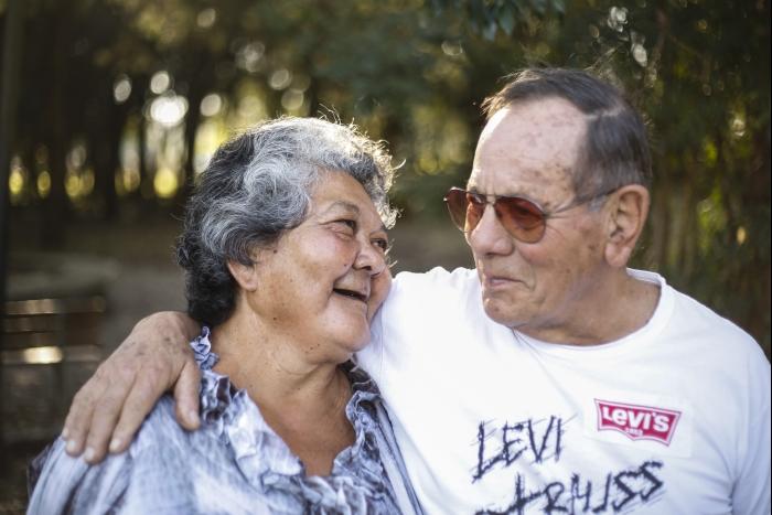 Niuza e Edgar Sinei: trabalho voluntário e quase todas as refeições juntos. Foto: Daniel Castellano/Gazeta do Povo