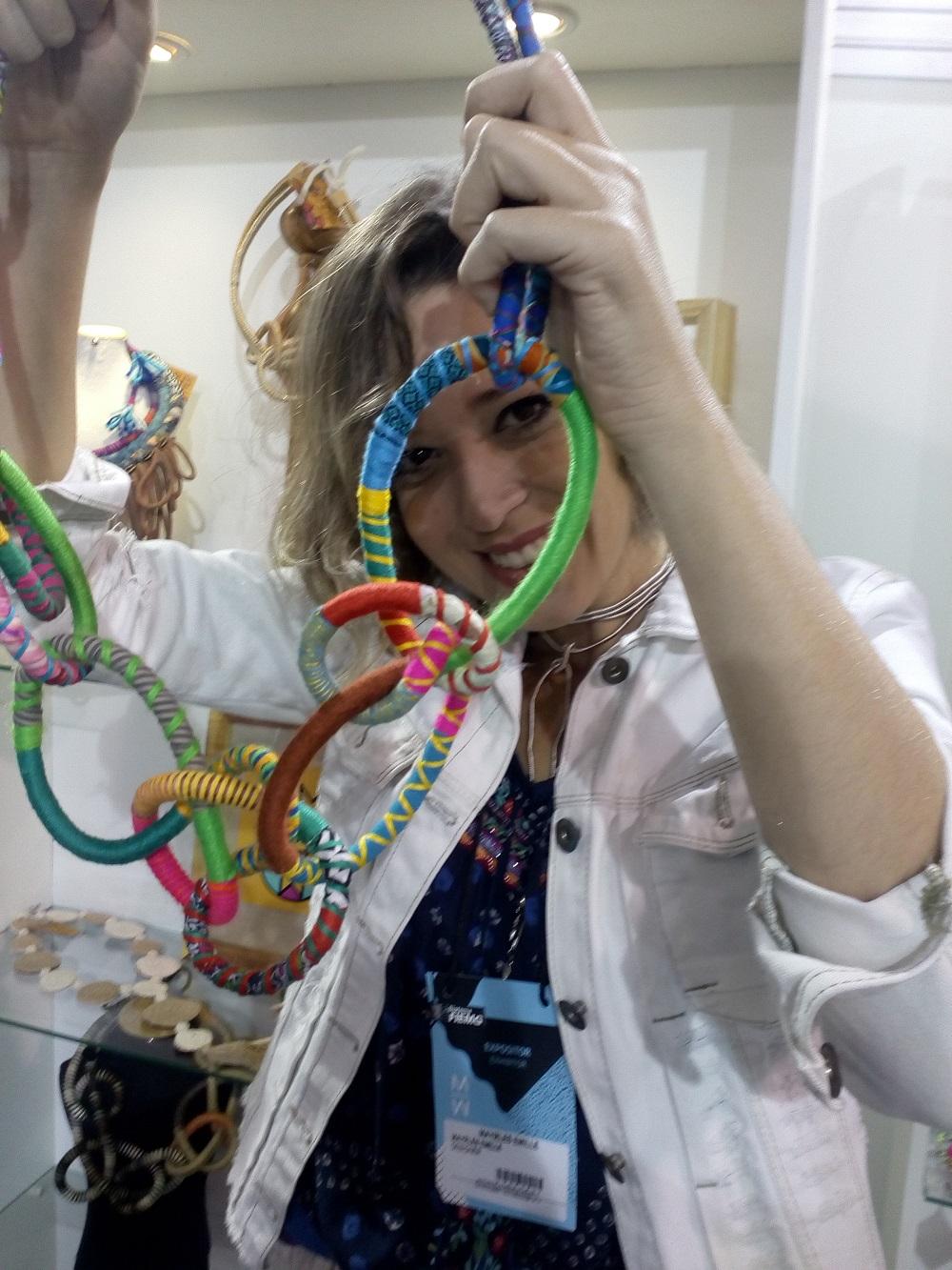 A estilista Mayrles Emille participa pela primeira vez do evento: a moda sustentável da Paraíba para todo o Brasil.