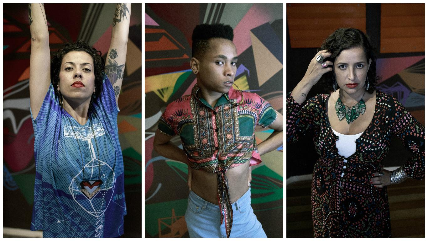 À ESQUERDA: Kamilla Germano, 33 anos, com blusa PhD, estampa Fernando Mira (R$ 176), legging American Apparel (R$ 97), colar Roberta Kremer (R$ 55) e brinco Paula Velloso (R$ 82). AO CENTRO: Hudson Bastos de Oliveira, 21 anos, com cropped Okan (R$ 179), calça Skiny Amapô  (R$ 342), Melissa Salinas (R$ 190) e brinco Nega Fuá (R$ 55). À DIREITA: Maria Ravazzani, 40 anos, com vestido longo Manacá (R$ 239), anéis artesão Juan (preço sob consulta), colar folha Negra Fuá (preço sob consulta), Melissa Cosmopolitan (R$ 170), brincos e pulseiras acervo pessoal.