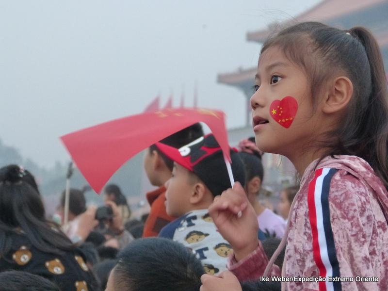 O viajante chegou exatamente no Dia da República Popular da China, um feriado muito festivo que dura uma semana. Foto: Ike Weber/acervo pessoal.