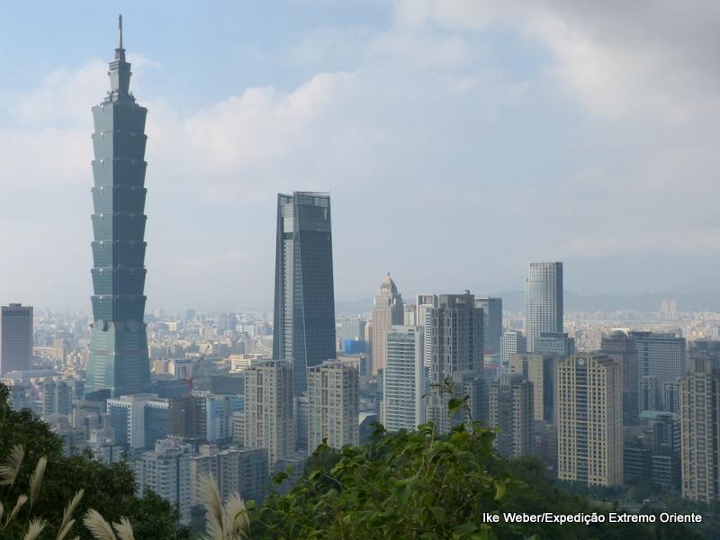 A capital de Taiwan, Taipei, é uma pujante metrópole com a natureza preservada nas proximidades. Foto: Ike Weber/acervo pessoal