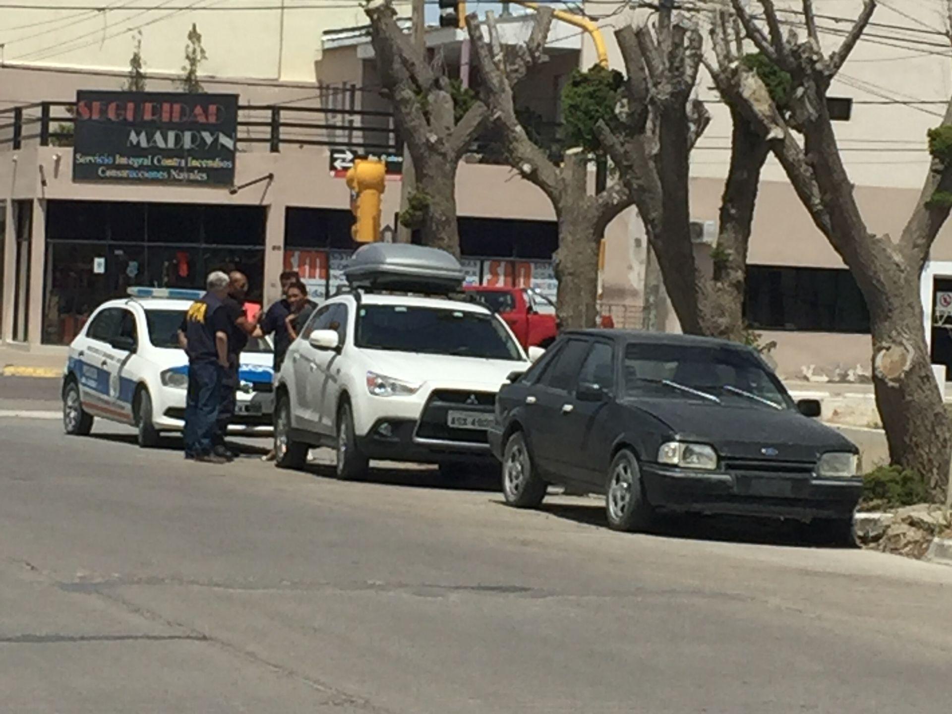 A Argentina fez a família passar por três 'perrengues'. Um um deles, o carro ficou sem combustível no meio da Patagônia. Foto: acervo pessoal.