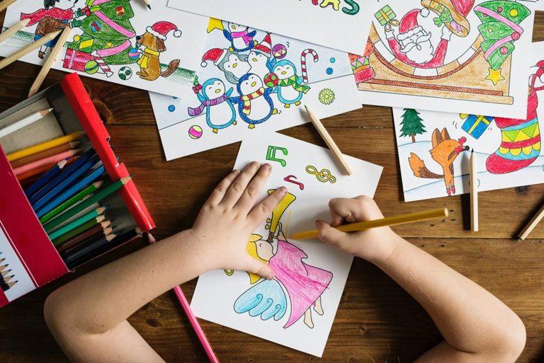 Férias em casa: aproveite para brincar com seu filho. Foto: Rawpixel/ Unsplash
