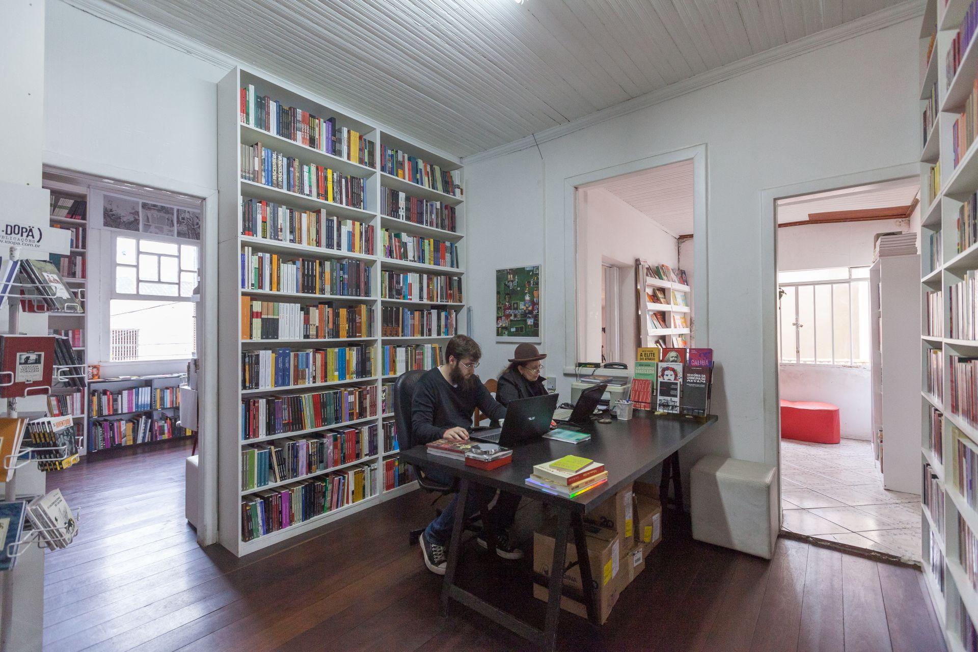 Salão principal da Vertov: sem balcão de caixa. Foto: Fernando Zequinão/Gazeta do Povo