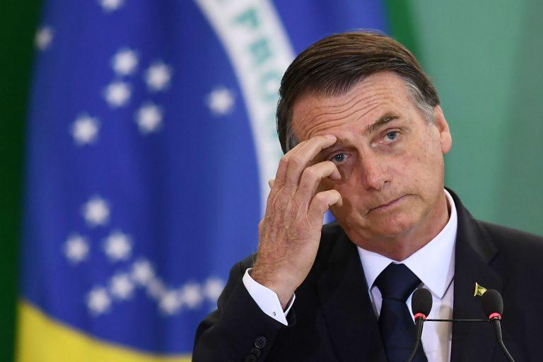 Risco maior da cirurgia de reversão da bolsa de colostomia de Bolsonaro é o surgimento de fístulas (Foto: Evaristo SA/ AFP)