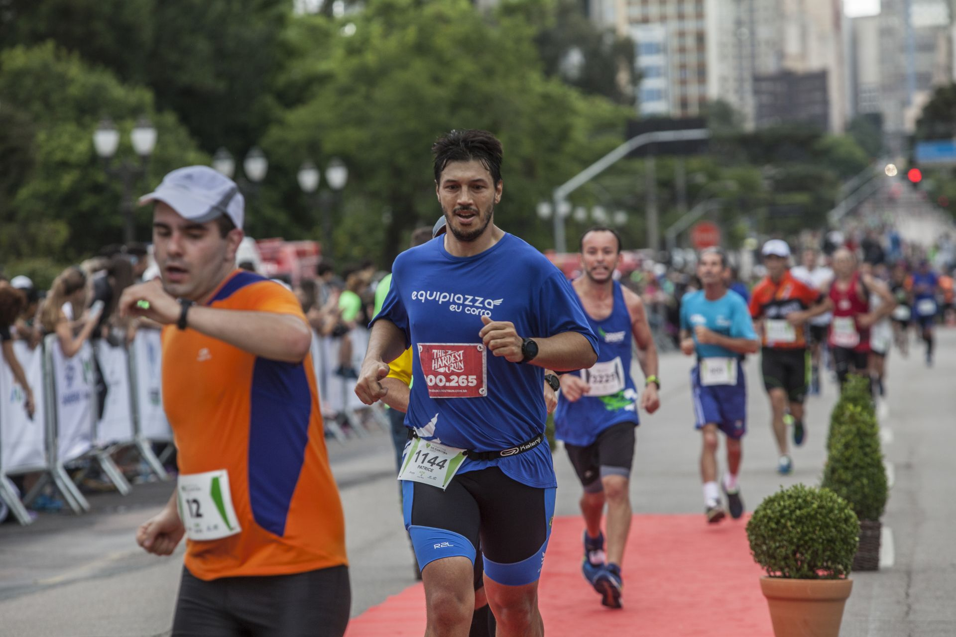 Correr e se exercitar ajudam no combate às doenças não-comunicáveis (Foto: Daniel Caron / Gazeta do Povo / arquivo)