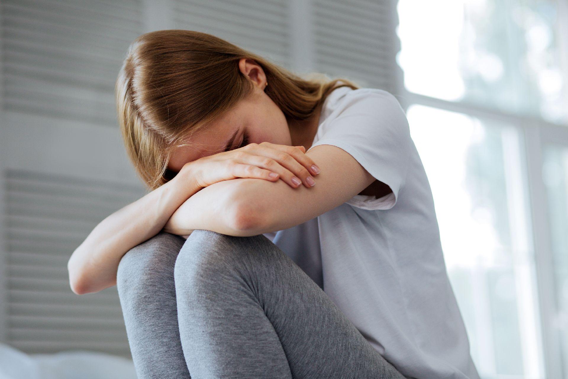 Sonolência é um dos sintomas quando a pressão cai. Foto: Bigstock
