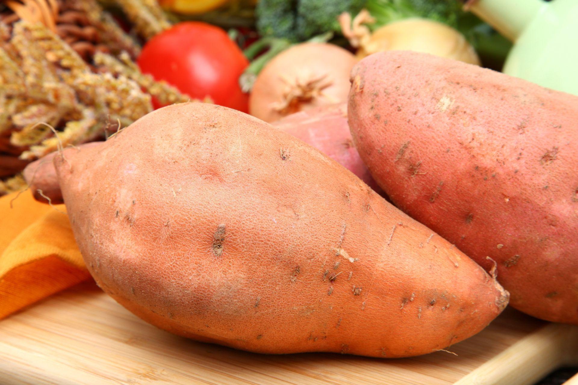 Batata doce: carboidrato rico em fibras, proteína, ferro, magnésio e potássio.  (Foto: Bigstock)