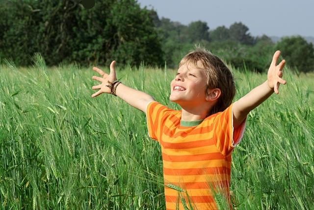 Gratidão pode e deve ser ensinada (Foto: Bigstock)