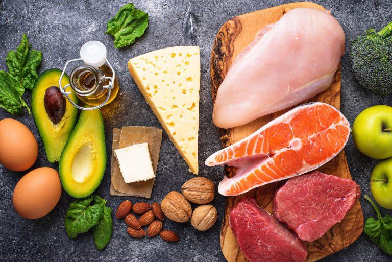 Alimentos que tentam diminuir os radicais livres – que causam estresse em muitas células, são os mais indicados.Foto: Bigstock