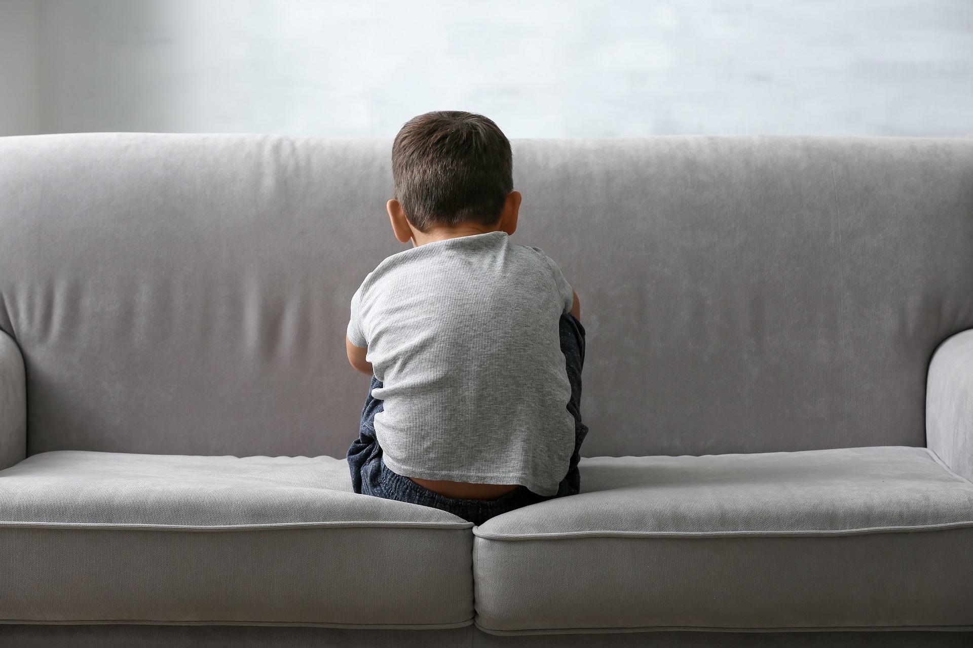 A criança não consegue se manifestar claramente e mostrar o que o produto está lhe causando. Foto: Bigstock.