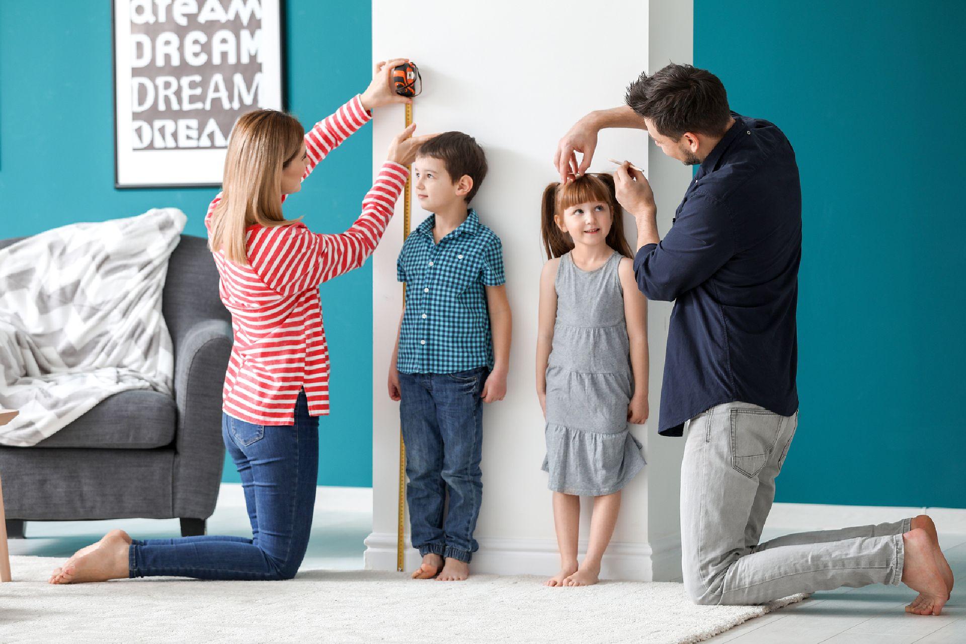 Pais altos não significa que o filhos também serão altos. Foto: Bigstock
