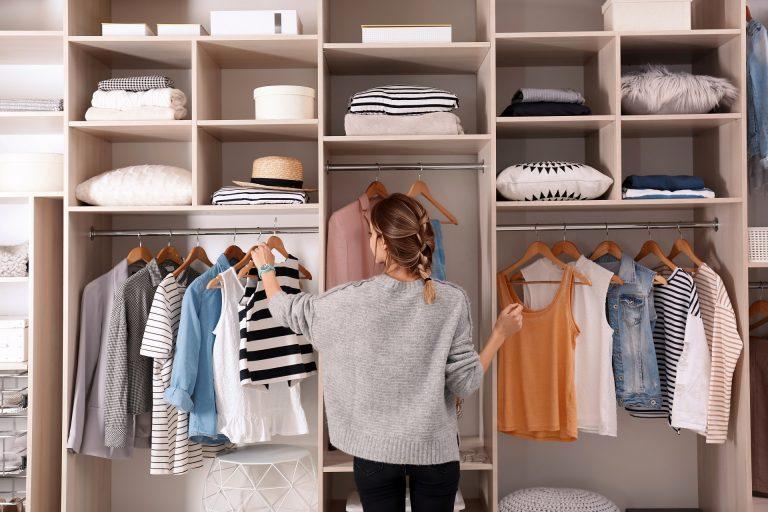 Ser organizado é uma virtude, mas o problema começa quando este hábito se transforma em um ritual e passa a gerar desconforto e sofrimento para quem o pratica. Foto: Bigstock.