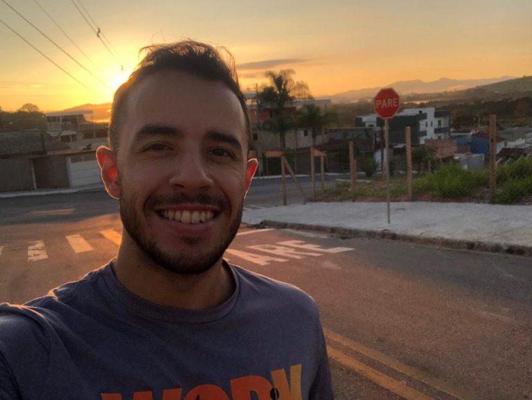 Lucas Domingues é adepto da prática há mais de dois anos, e aproveita as horas extras para exercitar-se. Foto: arquivo pessoal.