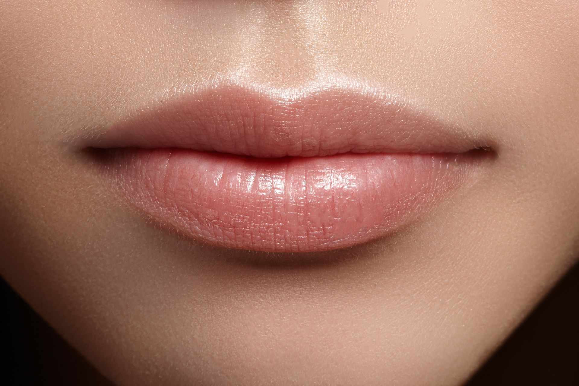 Herpes, aftas e verrugas são algumas das alterações na saúde que a boca revela. Foto: Bigstock.