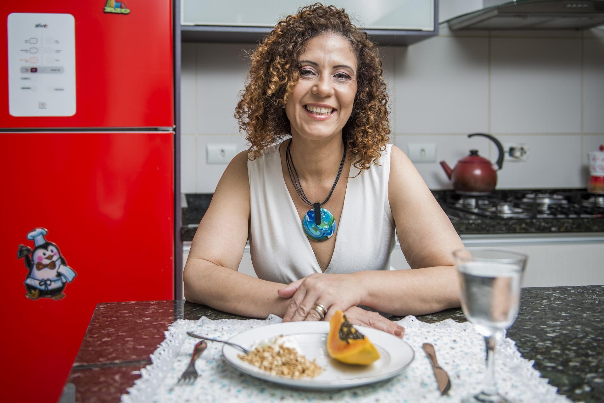 Byanca Kuminski tomava até dois litros de refrigerante por dia. Foto: Letícia Akemi/Gazeta do Povo