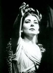 35 anos depois de sua morte Maria Callas ainda nos fascina