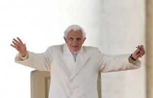 Bento XVI na última audiência do seu pontificado, em 28 de fevereiro: papa emérito escreveu longa resposta ao livro do matemático Piergiorgio Odifreddi. (Foto: Alessandro Bianchi/Reuters)