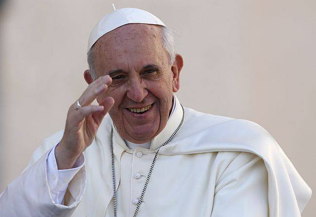 Na exortação apostólica Evangelii Gaudium, o papa Francisco fala um pouco de tudo. Inclusive de ciência e fé. (Foto: Stefano Rellandini/Reuters)