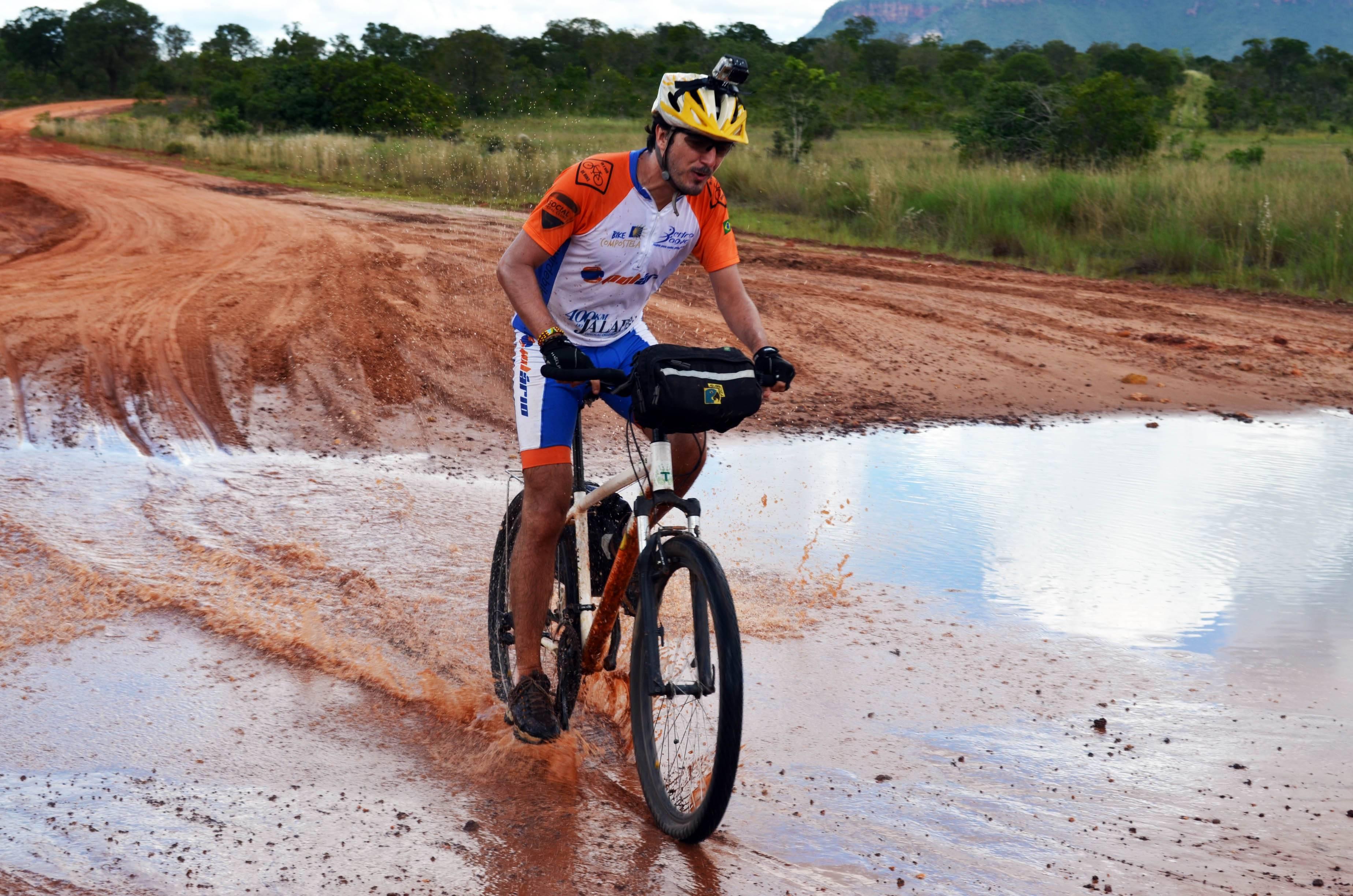 Pedal no Jalapão oferece diferentes níveis de desafio (Foto: Andreza G. Lucas C. Nascimento)