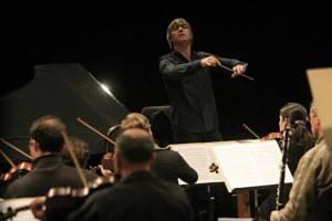 Os três anos de Osvaldo Ferreira à frente da Orquestra Sinfônica do Paraná